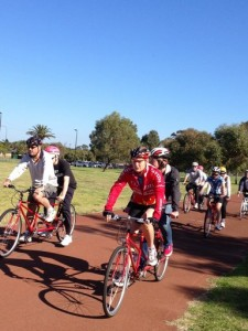 Image of 4 tandems with riders at a WATCAC Tandem cycling clinic June 2013