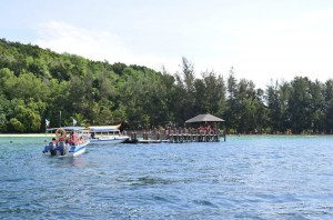 Ferry trip approaching Manukan Island