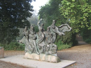 View of 4 Kings and 4 Emperors bronze Statue Speyer Germany